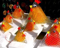064 ostern schaufenster huhn tetra ausschnitt aussen bb